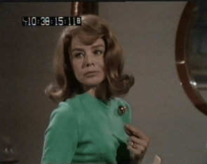 Janet Munro as Mabel